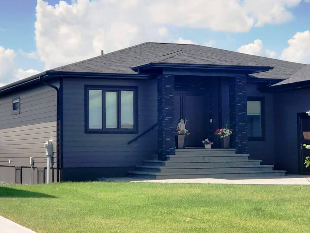 Are Black Windows a Good Idea?