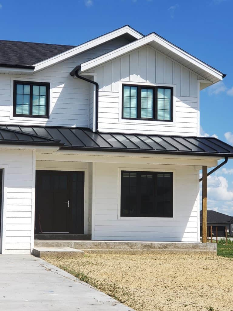 Friendly Prices for the Best Black Windows, Energy & Cost Efficient, 200 Glazing and 8 Color for Black Window Frames Options for the US and Canada